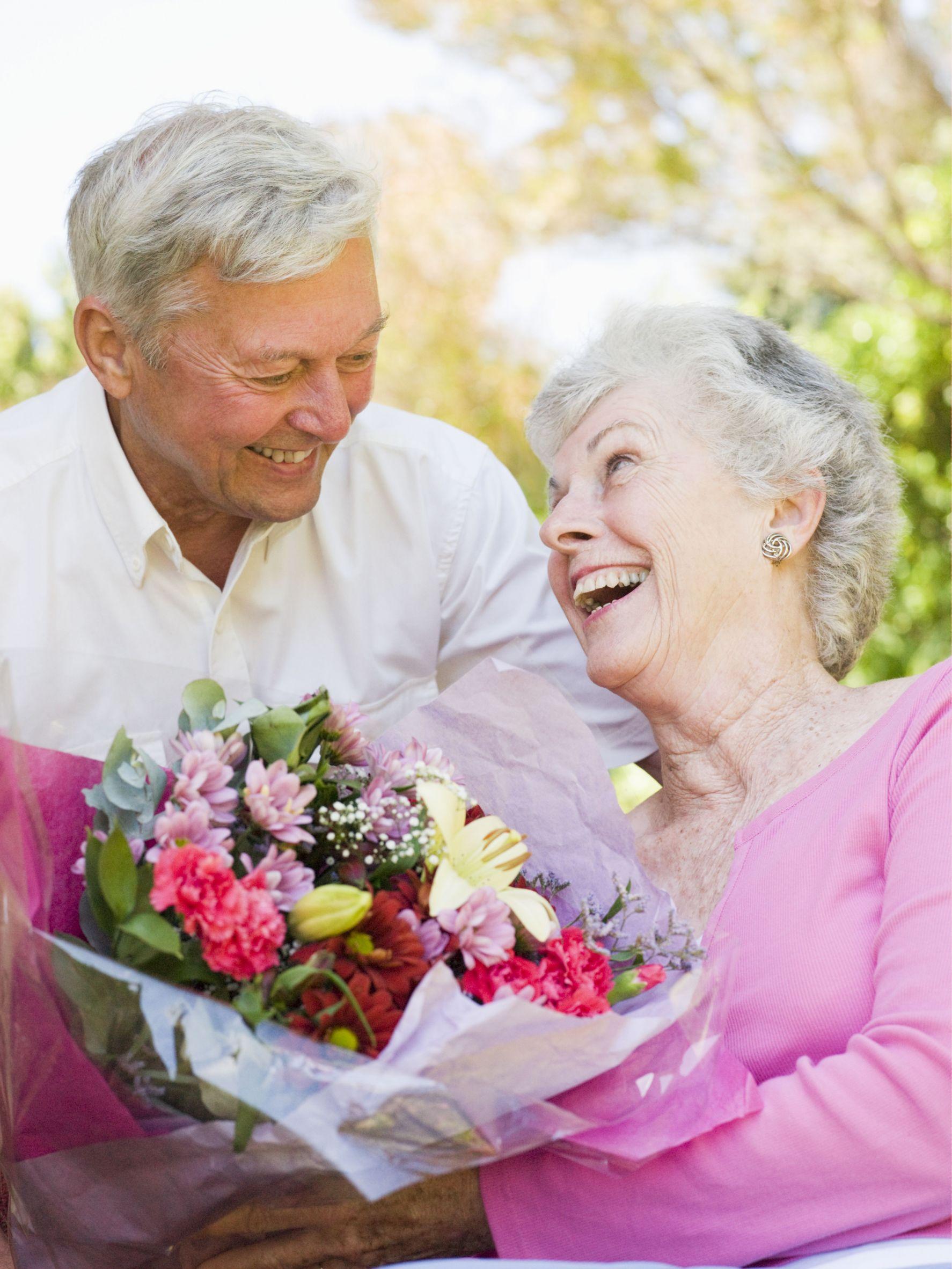 Удачи весь, открытки пожилым супругами